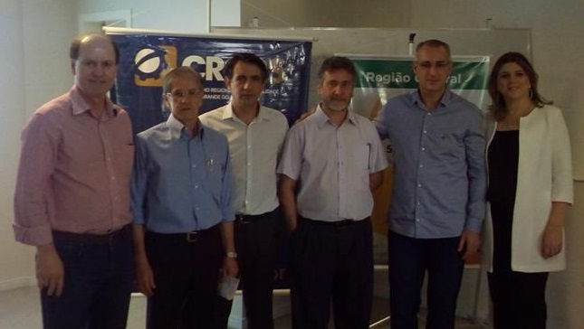Entre os participantes do evento estiveram: Paulo Comazzetto, vice-presidente de Controle Interno do CRCRS; Leono Pacheco, vice-presidente Regional do Sescon-RS; Luiz Carlos de Oliveira,  presidente do Sincotec-SM; Marco Veleda, presidente da ABC; Jorge Pozzobon, prefeito eleito de Santa Maria; e Simone Zanon, delegada do CRCRS